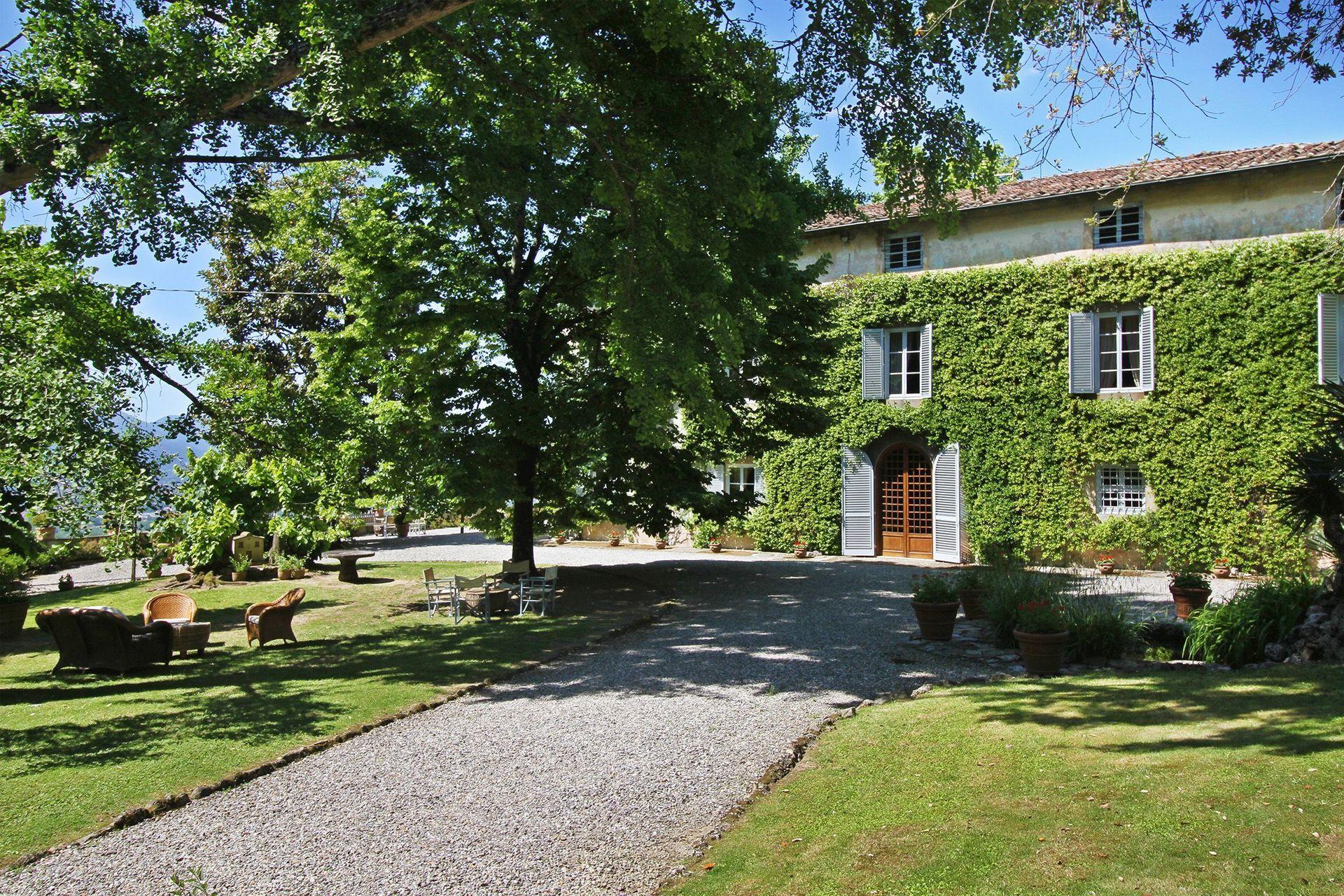 Segromigno In Monte Vacation Rental   Villa Imperatore that