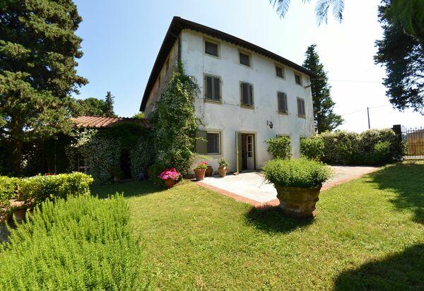 Luxury Villas in Italy - Luxury Vacation Rentals in Italy