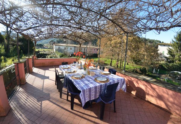 Holiday Rentals In Santa Maria Albiano Italy Villas
