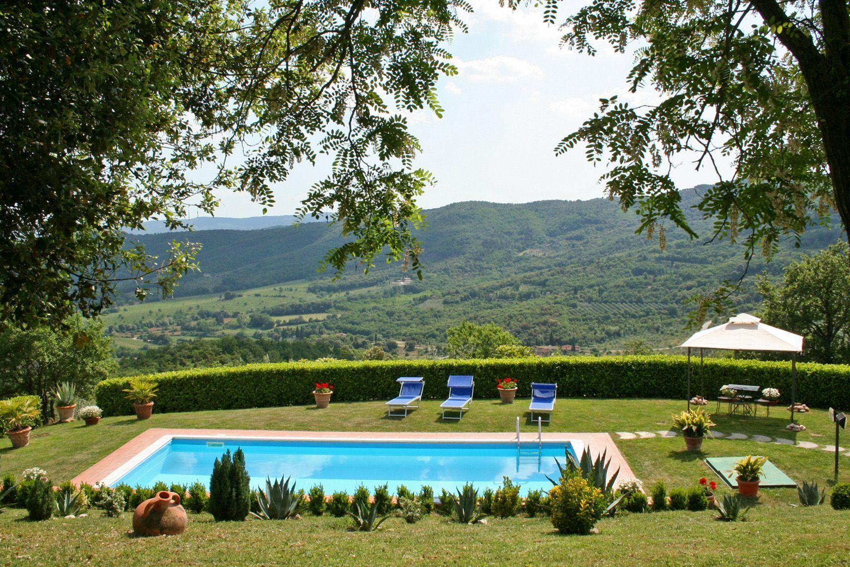 Foto Di Piscine Private villa crispinino: vacation rental that sleeps 9 people in 4