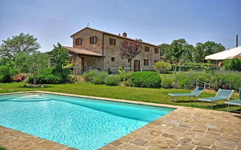 luxury-villas-cortona.jpg