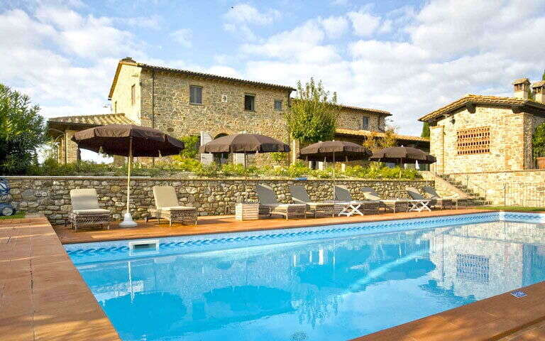 offer extended no cancellation fees - Villas Tuscany